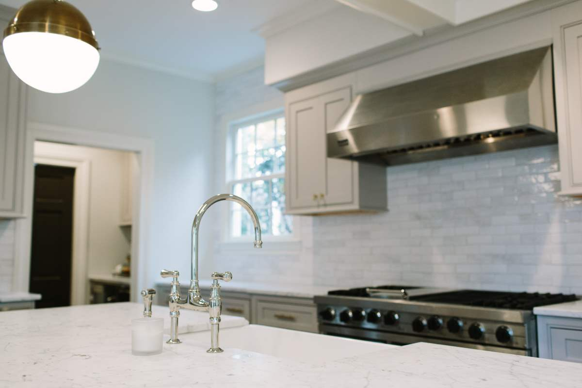 Subway Tile Back Splash | Artistic Contractors