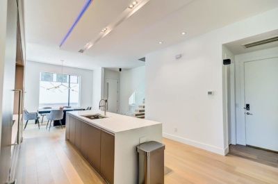 Urban Modern Sanctuary Kitchen & Dining